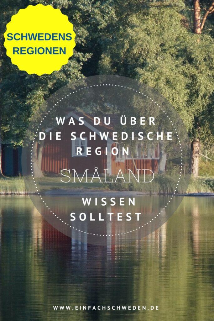 Småland ist wahrscheinlich die Landschaft in Schweden, die bei Touristen am bekanntesten ist. Kein Wunder, denn diese Gegend spiegelt genau das Schweden wieder, welches wir kennen und erwarten. Außerdem stammt auch die bekannte Kinderbuchautorin Astrid Lindgren von hier. #einfachschweden #småland #schwedenurlaub #schwedenreise