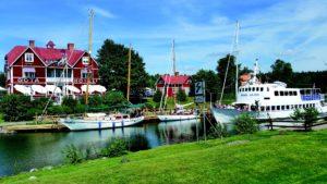 Göta Kanal Schweden Fluß Boote Schwedenhäuser