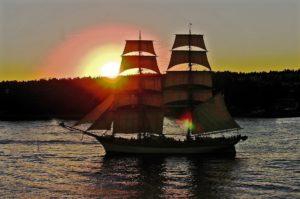 Segelschiff Segeln Abend Wasser