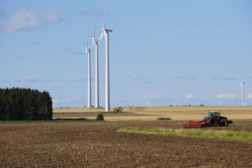 Östergötland Landwirtschaft Weite_Wind_kurz