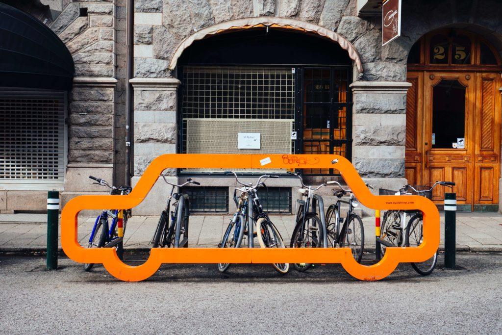 Fahrräder Fahrradständer Auto Franzi in Schweden susan-yin