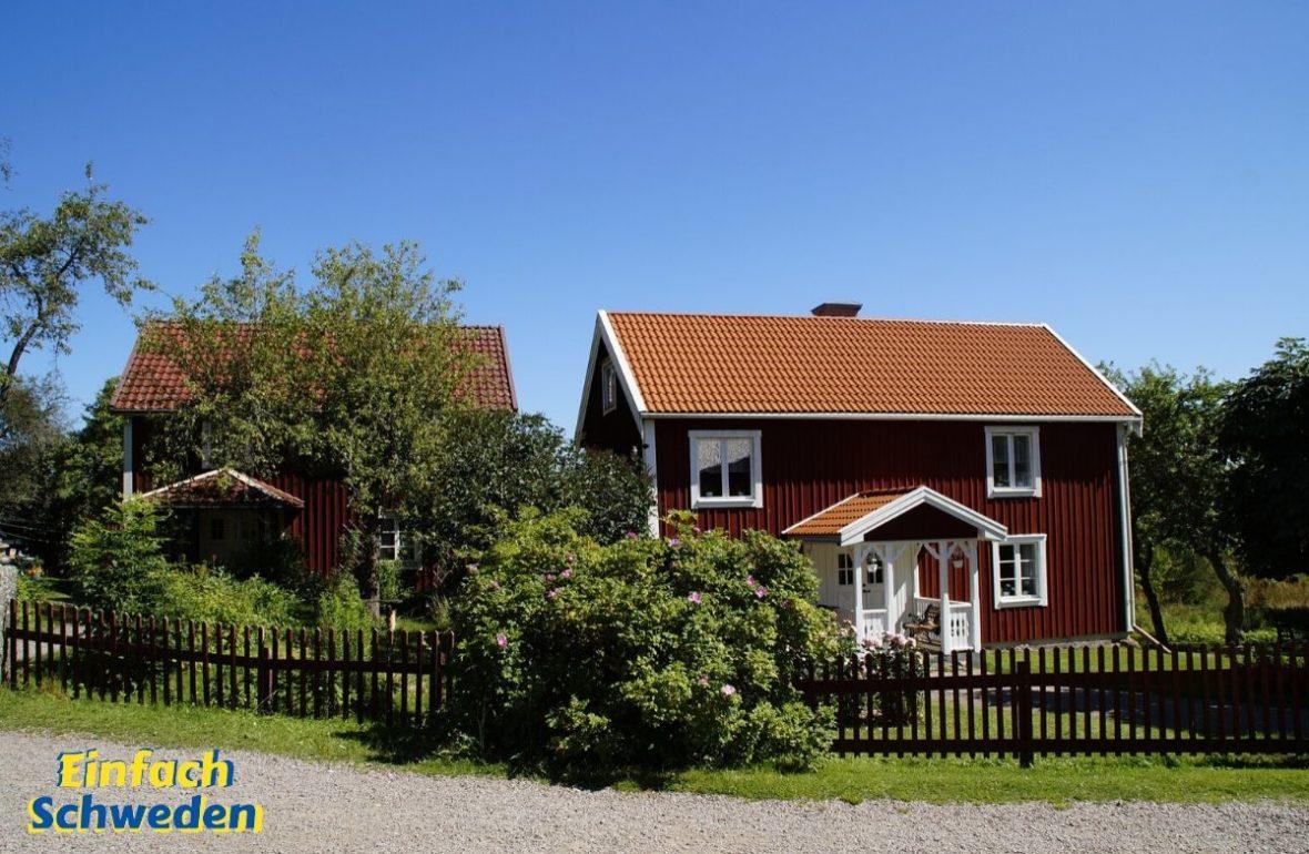schwedische Kinderbücher rotes Haus Schweden Hof Bullerbü